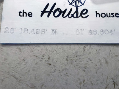 Coordinates for Farmhouse Sign