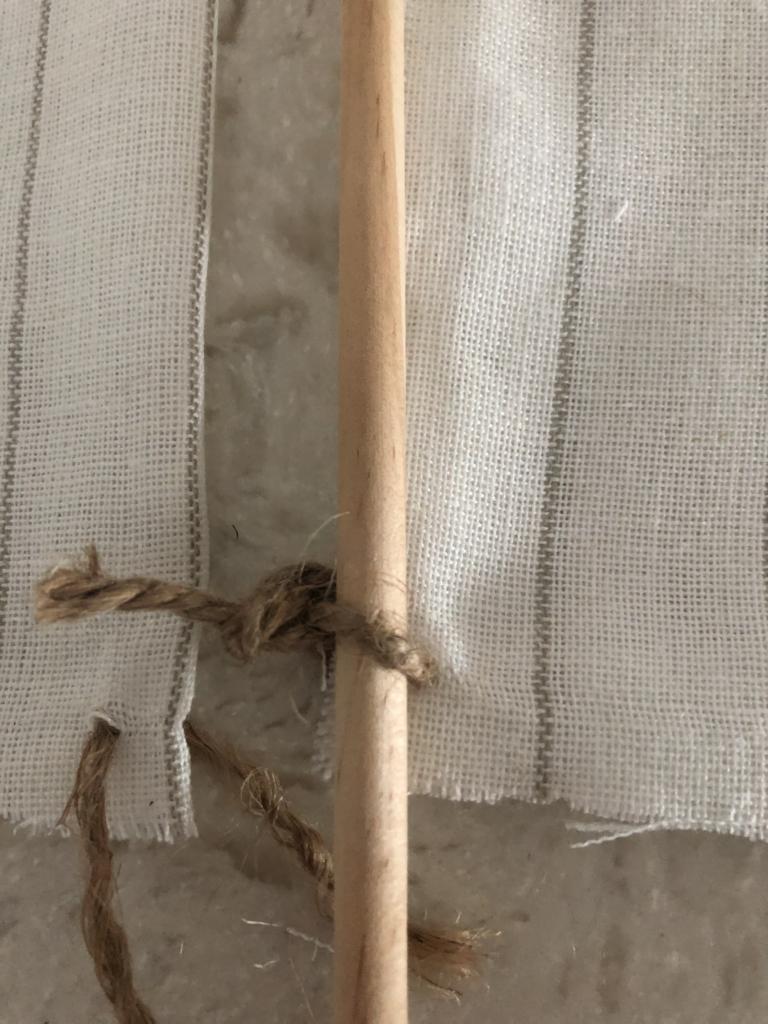 DIY Driftwood Sailboat