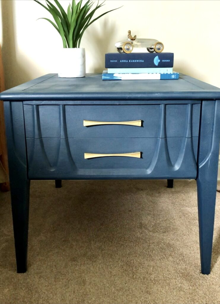 Thrift Store Challenge - Retro End Table